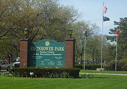 250px-Eisenhower_Park_Main_Entrance